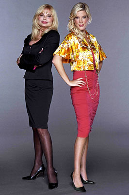 Loni Anderson, Tori Spelling
