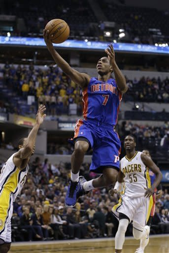 Hibbert has double-double as Pacers beat Pistons