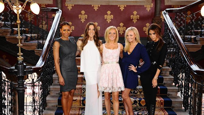 The Spice Girls, from left to right Melanie Brown, Melanie Chisholm, Geri Halliwell, Emma Bunton and Victoria Beckham during a photo call at a central London Hotel, Tuesday June 26, 2012, to launch Viva Forever, a musical featuring songs from the Spice Girls, which will open on 11th December 2012. (AP Photo/PA, Ian West) UNITED KINGDOM OUT  NO SALES  NO ARCHIVE