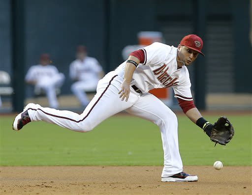 D-backs score 5 in the 7th to beat Padres 5-2
