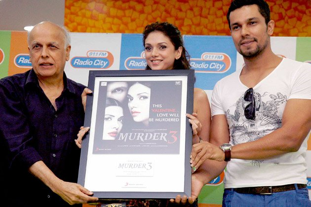 Randeep romances two hot girls in &amp;#39;Murder 3&amp;#39;
