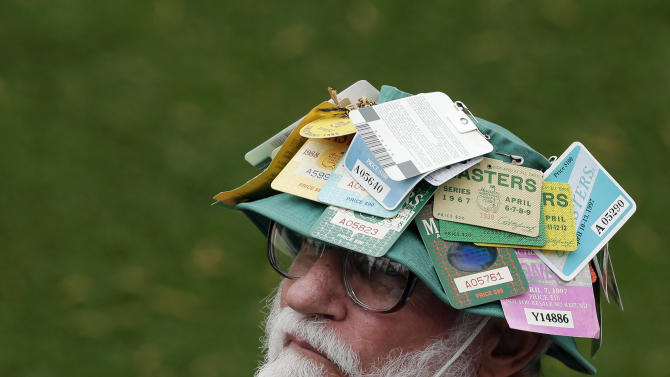 Bob Murray, from Grovetown, S.C. watches the first round of the Masters golf tournament at the fourth green Thursday, April 11, 2013, in Augusta, Ga. (AP Photo/Charlie Riedel)