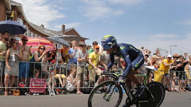 Colombia's Nairo Quintana strains during the first stage of the Tour de France cycling race, an individual time trial over 13.8 kilometers (8.57 miles), with start and Finish in Utrecht, Netherlands, Saturday, July 4, 2015. (AP Photo/Christophe Ena)