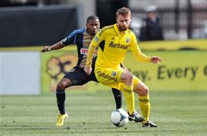 Crew's Gaven out for season with torn ACL