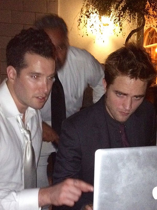 Robert Pattinson Sings At NJ Wedding With Zac Efron & Andrew Garfield