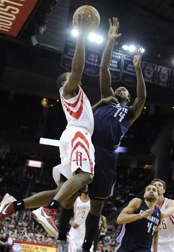 Harden gets triple-double as Rockets beat Bobcats