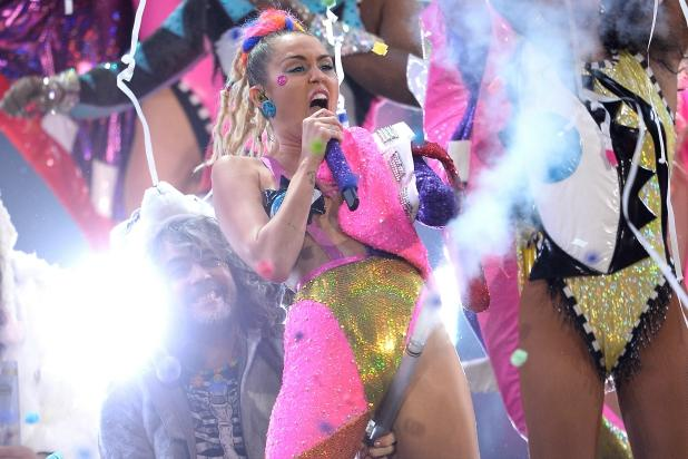 Miley Cyrus-Hosted MTV VMAs Lose 500,000 Viewers Despite Adding 6 Channels