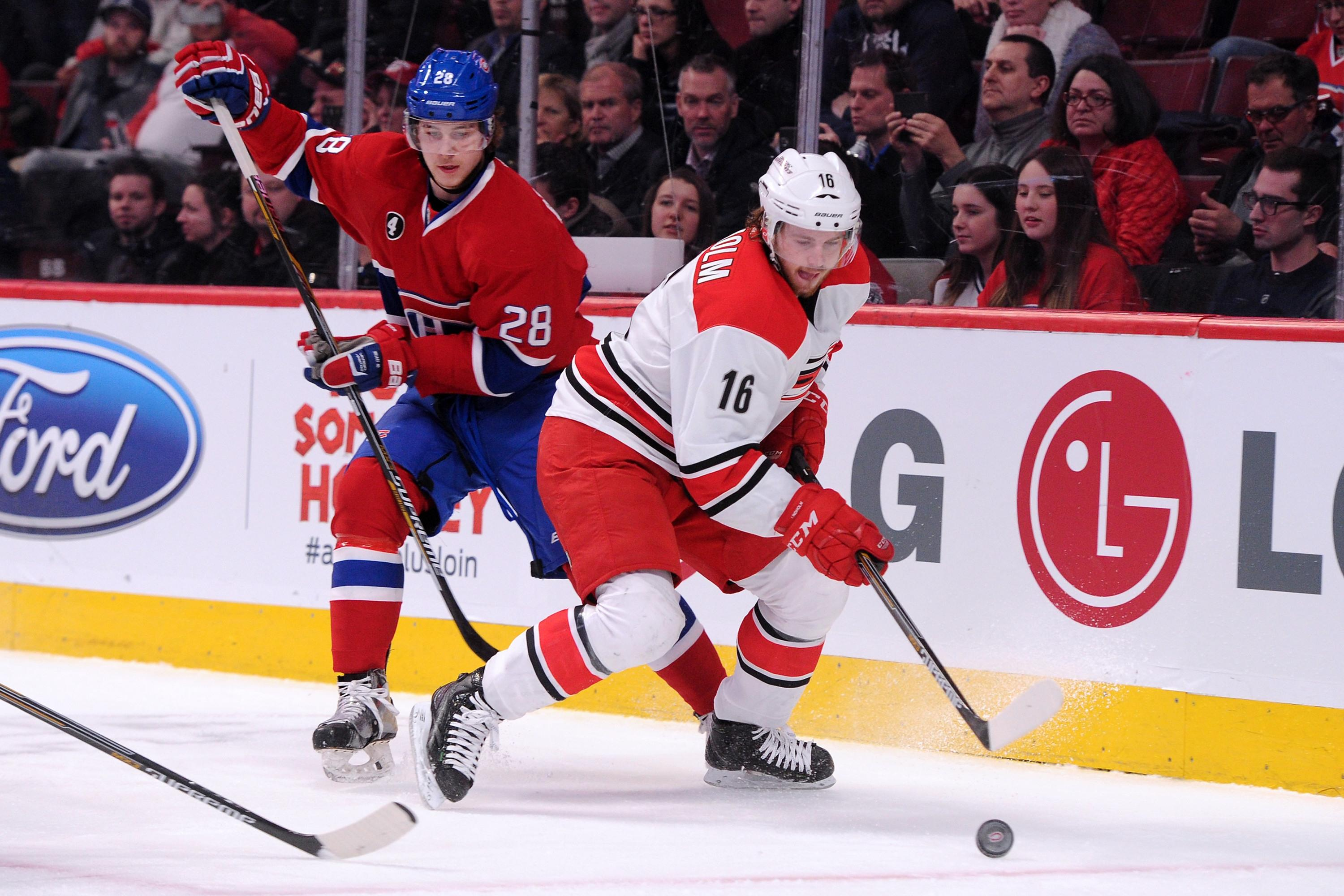 Hurricanes sign building block Elias Lindholm to two-year $5.4M extension