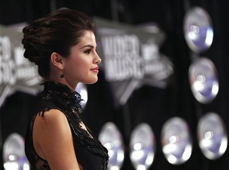 Justin Bieber and Selena Gomez Breakup: Who Should Justin Date Next?