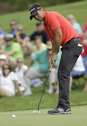 McIlroy shuts out drama with 63 for Memorial lead