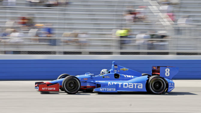 Pole-sitter Power wins at Milwaukee Mile