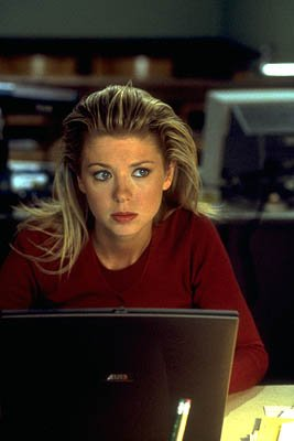 Tara Reid as Gwen in Artisan's National Lampoon's Van Wilder