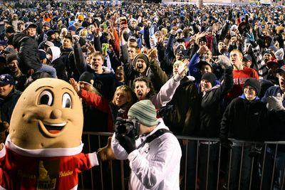 Saturday college football! Bowl season kickoff, FCS semifinal and more!