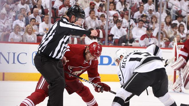 Martin Hanzal #11 Of The Phoenix Coyotes Takes The Face-off Against Brad Richardson #15 Of The Los Angeles Kings In Getty Images