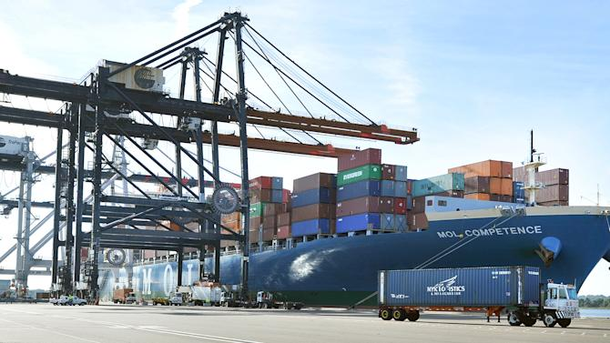 US trade deficit widens in May as exports struggle