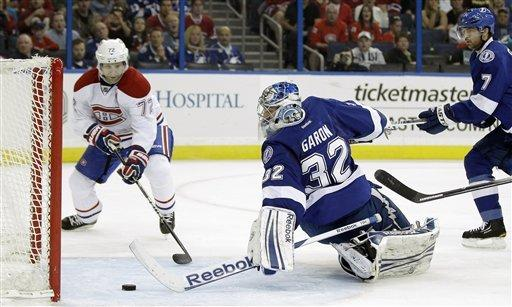 Stamkos scores 44th, Lightning beat Canadiens 2-1