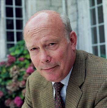 Julian Fellowes to Produce New Drama With NBC, Universal TV