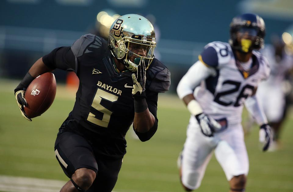 No. 17 Baylor has 864 yards in 73-42 win over WVU