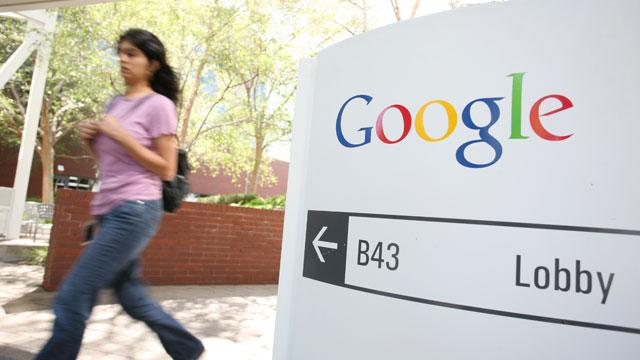 Google, Facebook Want Fed's O.K. to Clear the Record on NSA Requests
