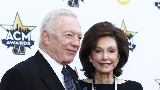 Dallas Cowboys owner Jerry Jones and his wife Gene arrive at the 50th Annual Academy of Country Music Awards in Arlington