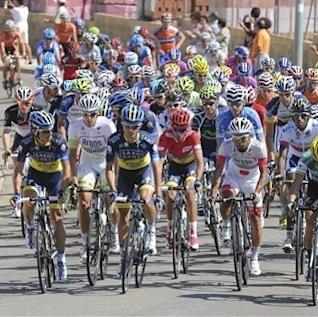 Contador leads Vuelta; Bennati wins 18th stage The Associated Press Getty Images