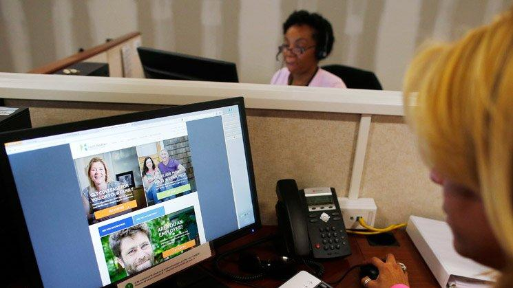 Thousands of Obamacare Enrollees Still Lack Coverage