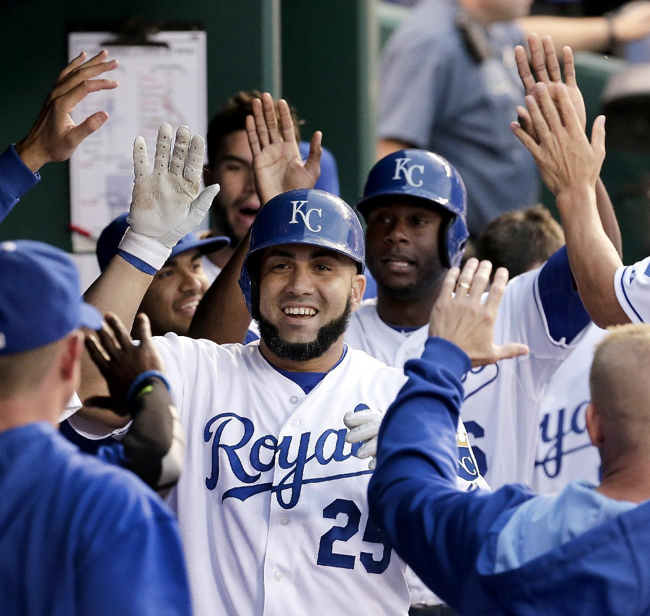 Morales homers twice, drives in 5 runs in Royals' victory