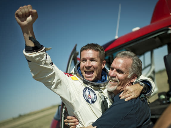 Astronauts Hail Skydiver Felix Baumgartner's Record-Breaking Supersonic Jump