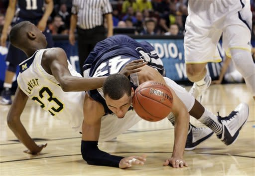Michigan beats Penn St 83-66 at B10 tourney
