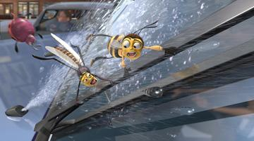 Barry B. Benson (voiced by Jerry Seinfeld ) and Mooseblood the mosquito (voiced by Chris Rock ) in DreamWorks Pictures' Bee Movie
