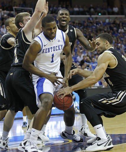 Vanderbilt beats No. 1 Kentucky, 71-64