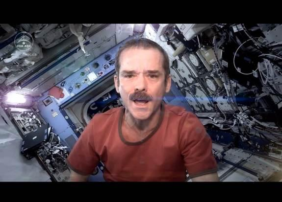 Astronaut Covers 'Space Oddity' on Space Station (Video)