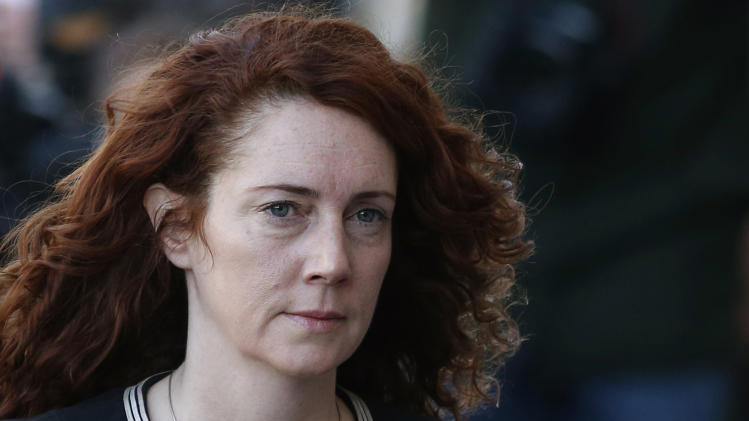 3 UK journalists plead guilty to phone hacking