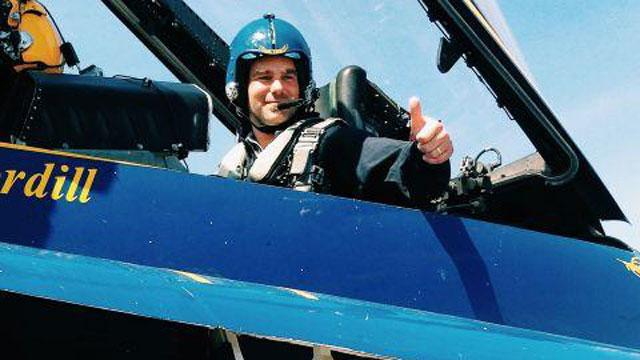 Marcus Hahnemann flies with Blue Angels, blacks out