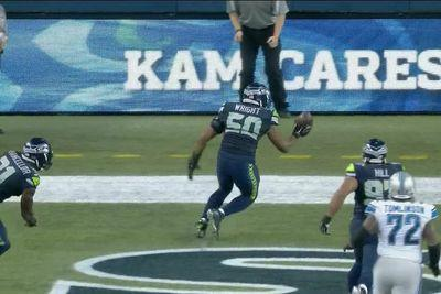 Referees screw up crucial call at end of Lions-Seahawks