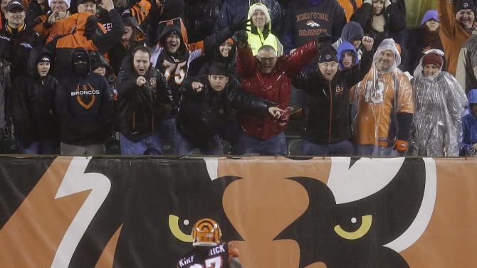 Bengals beat Broncos 37-28 to reach playoffs