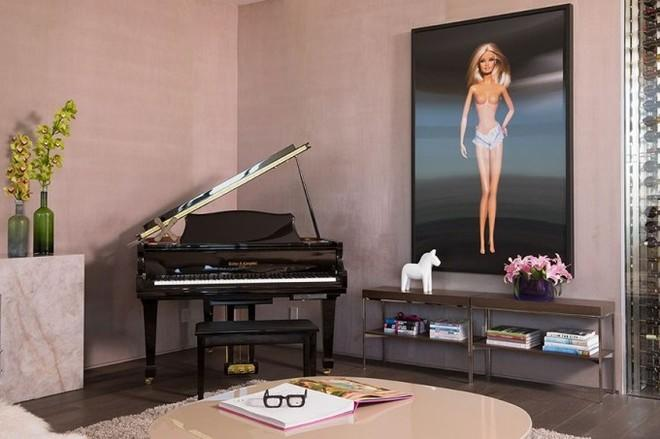Barbie World: Designer Builds Real-Life Barbie Penthouse, Brings Real Housewives Over to Christen the Place