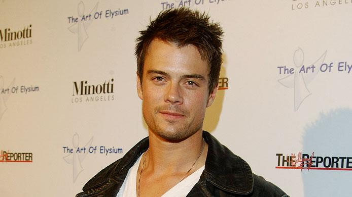 "Josh Duhamel at The Art of Elysium Presents Russel Young ""fame, shame and the realm of possibility.""  November 30, 2005"