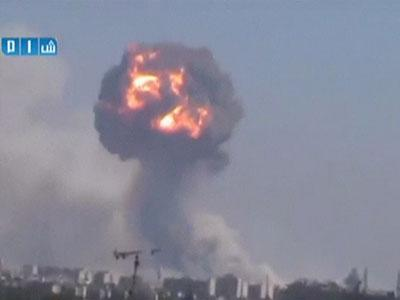 Raw: Blasts Rock Syrian Weapons Depot