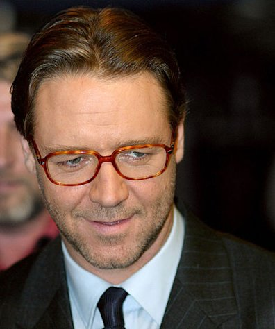 Russell Crowe may be filing for divorce.