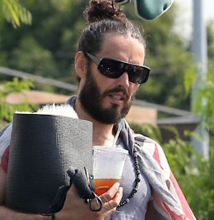 Russell Brand Takes In A Homeless Man?
