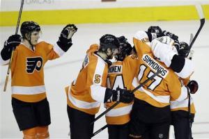Flyers top Devils 2-1 in shootout
