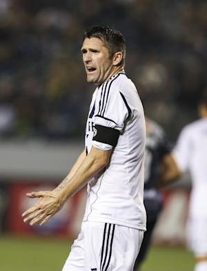 Keane converts 2 penalty kicks as Galaxy beat Crew