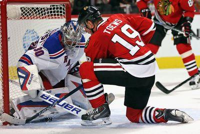 NHL scores 2015: Rangers spoil Blackhawks' party with big opener win