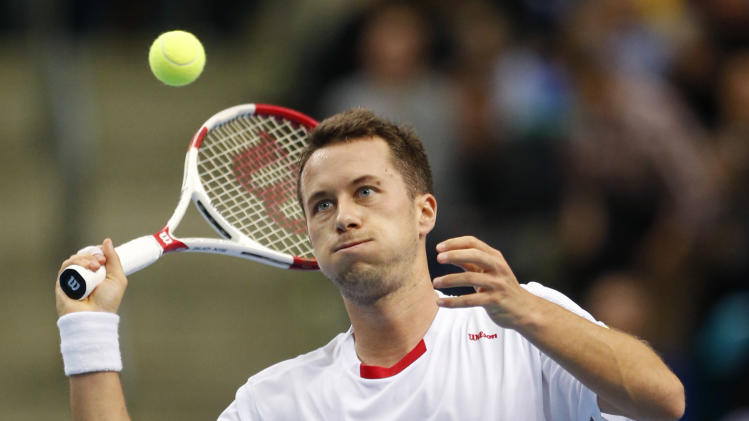 Kohlschreiber, Mayer give Germany 2-0 lead v Spain