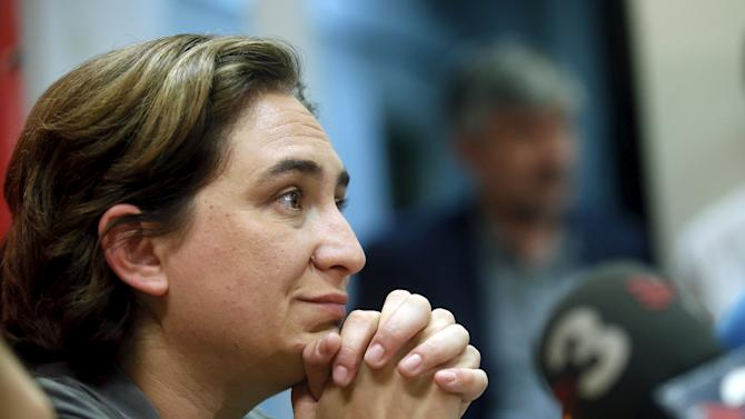 """""""Barcelona en Comu"""" party leader Ada Colau attends a news conference after her victory in the Barcelona municipal elections in Barcelona"""
