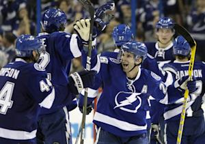 St. Louis scores in OT, Lightning beat Sharks