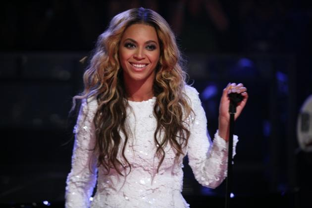 Beyonce performs on 'Late Night With Jimmy Fallon' on July 28, 2011 -- Getty Premium