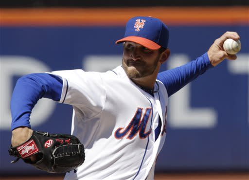 John Buck drives in 4 runs, Mets beat Marlins 7-3