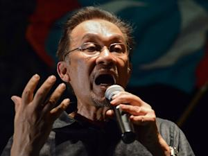 Anwar slams 'gutless' Muslim world for silence on Syria, Egypt